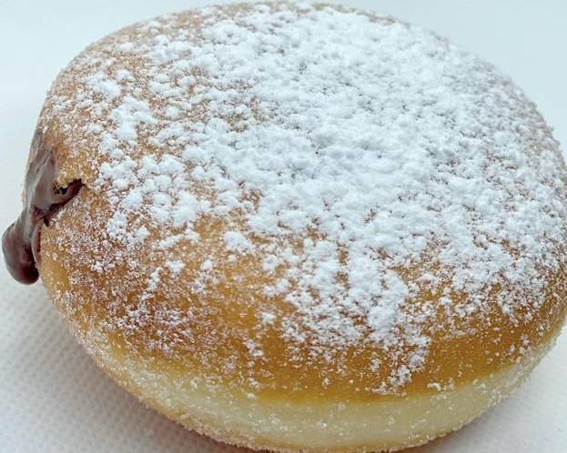 16. Donut Berlina Rellena de Nocilla
